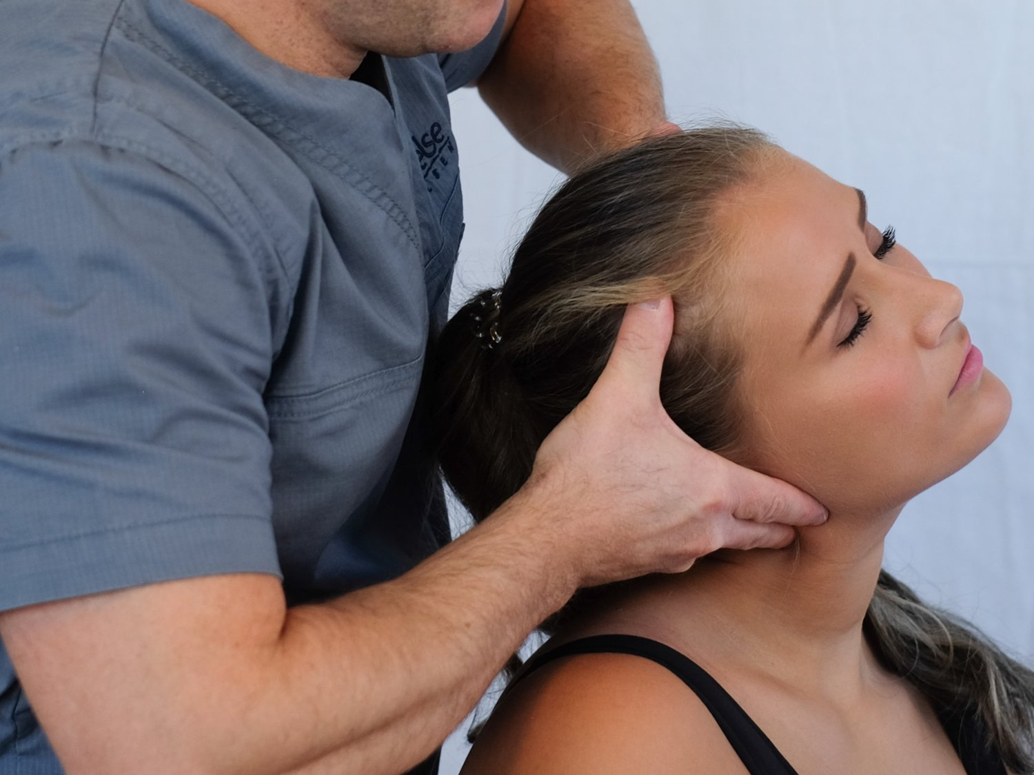 if you are suffering headaches our professional physiotherapist can help you